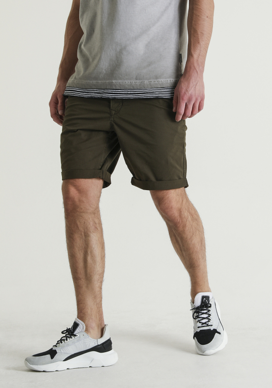 "Chasin Herren Shorts - ""Trigger s duke green"""