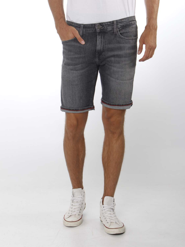 "Tommy Hilfiger Herren Shorts - ""Scanton slim short court bk"""