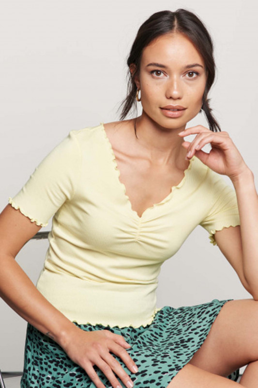 "Catwalk Junkie Damen T-Shirt - ""TS Bella lemon"""
