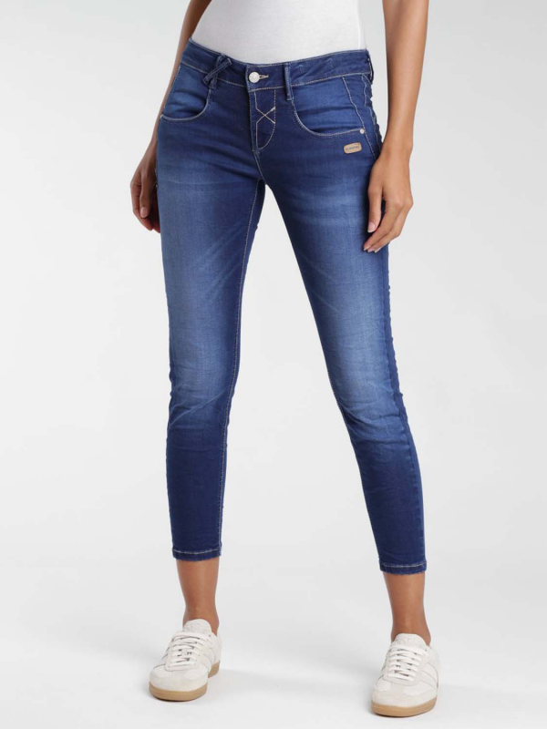 "GANG Damen Jeans - ""Nele Skinny Fit Jeans no square mid wash"""