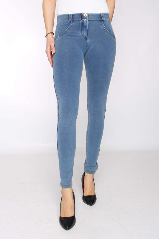 """FREDDY WR.UP® Damen Jeans - """"Clear Denim - Yellow Seam - J4Y"""""""