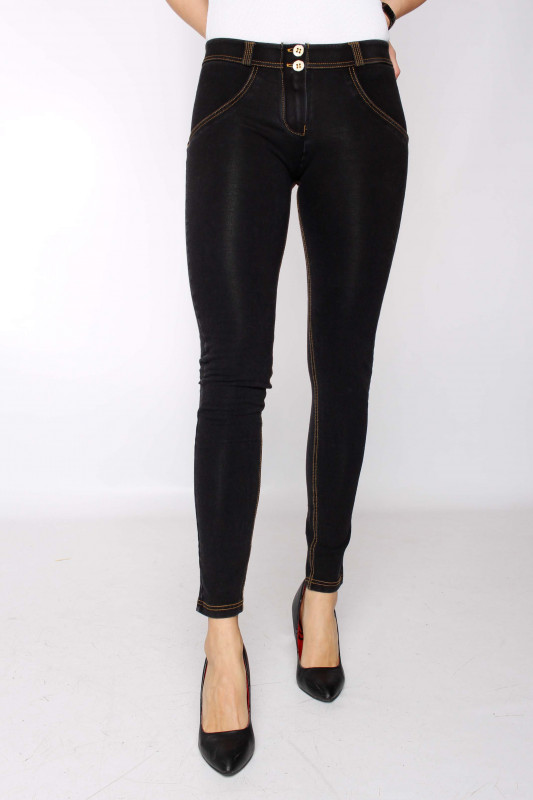 """FREDDY WR.UP® Damen Jeans - """"Black Denim - Yellow Seam - J7Y"""""""