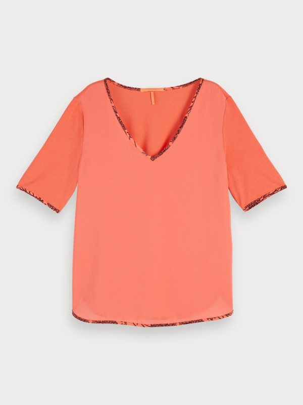 "SCOTCH & SODA Damen T-Shirt - ""V-neck tee with woven front"""